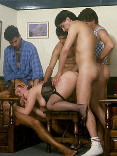 Free Vintage Sex Pictures and Free Vintage Porn Movies