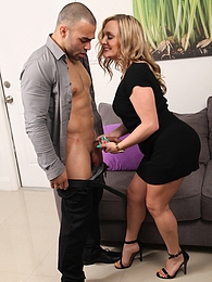 Mature babe Tucker Stevens gets her older pussy pile drived pictures at kilovideos.com