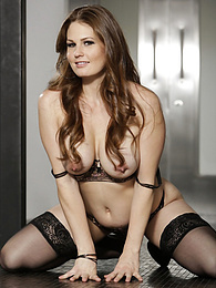 Busty mature babe Allison Moore in her sexy black lingerie pictures at kilovideos.com