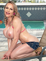 Lilly Bordeaux: An Oily Bikini Day In LA pictures at kilogirls.com