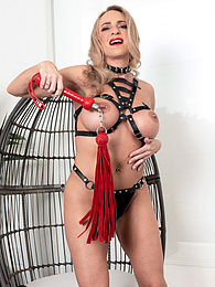 Kenzi Foxx and her double-trouble toy pictures at freekiloclips.com