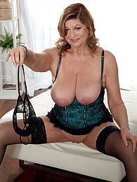 Introducing Brenda Douglas, our new 60Plus MILF pictures at kilopills.com