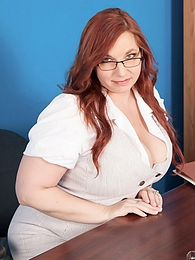 Top Heavy Teacher pictures at kilogirls.com