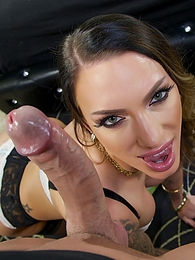 Juelz Ventura Glamour Bj P - begins her nice deep throat session pictures