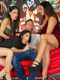 Jessica Dava Alison Fuck The Painter P pictures at find-best-pussy.com