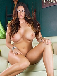 Alison Tyler Strip Tease P - a fat juicy ass to show off pictures at kilogirls.com