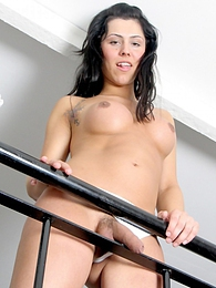 Sexy Kiara Posing On The Stairs pictures at kilogirls.com