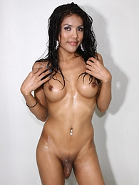 Joy Posing After Taking A Shower pictures at find-best-mature.com
