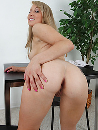 Perky blond babe Valerie White dildos her shaved pussy pictures at freekiloclips.com