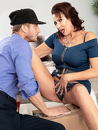 Vanessa, the fuck machine and the delivery man pictures at find-best-panties.com