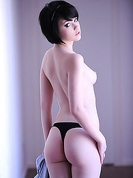 Mellisa Clarke in your shirt and a little thong and she is hot stuff pictures at dailyadult.info