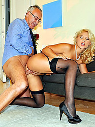 Sexy stockings blonde loves old man cock pictures at freekiloclips.com