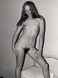 Black and white vintage nudes pictures