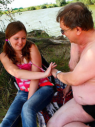 Curvy teen old man banging outdoors pictures at freekiloclips.com