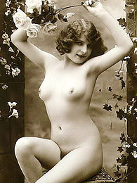 Erotic curvy women in vintage pictures at find-best-babes.com