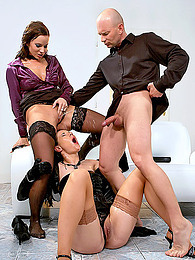 Urine soaked hardcore threesome pictures