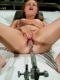 Fucking machine never stops pictures at find-best-pussy.com