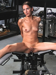 Fucking machine bangs skinny pussy pictures at freekilosex.com