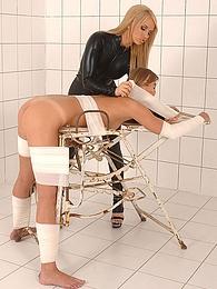 Kinky latex lesbian sex pictures at freekiloclips.com