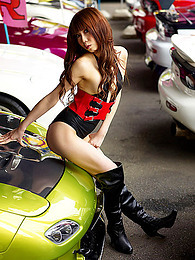 Japanese girl with hot cars pictures at kilovideos.com