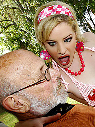 Old man cock fucks her pictures at freekilomovies.com
