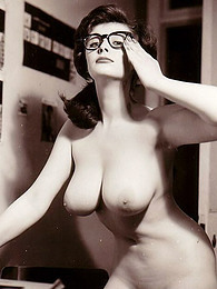 Busty vintage nude models pictures