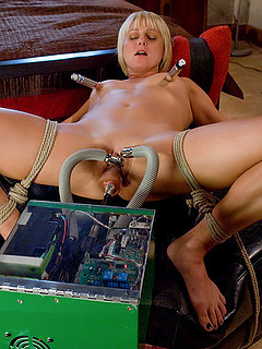 Free Fucking Machine Sex Pictures and Free Fucking Machine Porn Movies