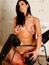 Leather boots girl pisses pictures at find-best-hardcore.com