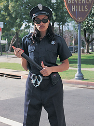 Cherry Lee, This Corrupt L.A. Cop Takes What She Wants pictures at kilomatures.com