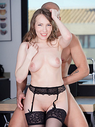 Naturally Sexy Lina Mercury, Unashamedly Addicted to Anal pictures at find-best-pussy.com