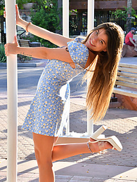 Baby Blue Dress pictures at freekilosex.com