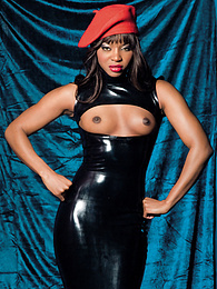 Ebony Babe Jasmine Loves Playing With Her Toys And Her Men pictures at freekilosex.com