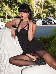 Amber Santos Bentleys And No Fux pictures