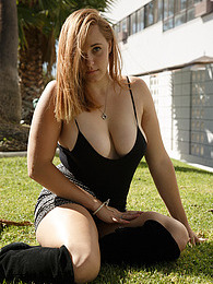 Deirdre Collins Acting Squirrely pictures at find-best-pussy.com