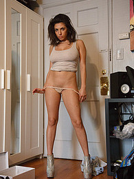 Darcie Dolce Nice Shoes pictures