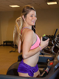 Kirsten Diatta Feeling Fit pictures at find-best-pussy.com