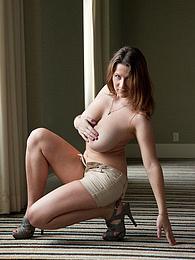 Lana Zuyeva Hotel Flirt pictures