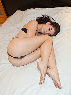 Free Sleeping Sex Pictures and Free Sleeping Porn Movies