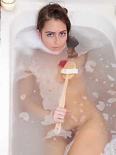 Teen Bathing Sex