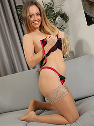 Suzi from OnlySilkAndSatin wearing leggings over sheer stockings pictures at find-best-videos.com