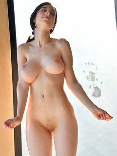 Free Big Tits Sex Pictures and Free Big Tits Porn Movies