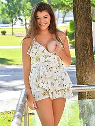 Scarlett III - innocent summer pictures at freekilomovies.com